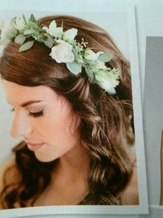 I wish people could put flowers in their hair on a daily bases. I ...