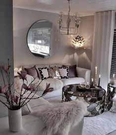 affordable apartment living room design ideas on a budget 26 ~ Home Design Ideas Glam Living Room, Living Room Decor Cozy, Elegant Living Room, Interior Design Living Room, Living Room Designs, Design Interiors, Dining Decor, Black And White Living Room Decor, Dining Chairs