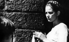 Claudia Cardinale, Mafia, Marilyn Monroe, Learn To Speak Italian, Luchino Visconti, Italian Actress, Photos Du, Che Guevara, The Neighbourhood
