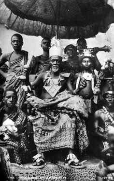 """ghana coast 1902 - Google Search Ewe """"chief"""" in """"full regalia"""". Africans did not have the same concept of a chief since they lived a cooperative life style according to modern scholars. This was something they developed in response to colonization."""