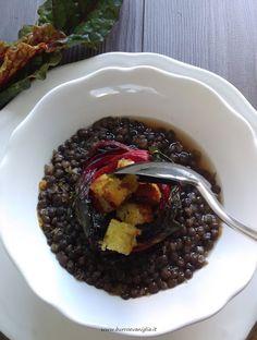 Burro e Vaniglia: Zuppa di lenticchie nere e bietole rosse al profumo di mare