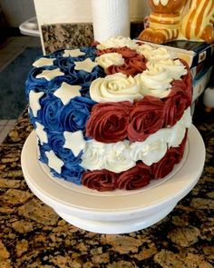 4th of July Cake 4th Of July Party, Patriotic Party, Fourth Of July Food, 4th Of July Cake, Patriotic Flags, July 4th, Flag Cake, Usa, Striped Cake