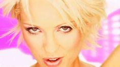 Ivana Karaja - She Moves (La La La) (Official Video)