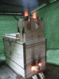Lennart Eisenhart's small wood-fired kiln, Sweden