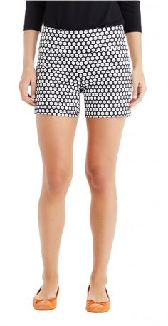 Newport Shorts in Chatham Dot by J.McLaughlin I have these and love, love them Summer Clothes, Summer Outfits, J Mclaughlin, Newport, Casual Shorts, My Style, Beach, Design, Women