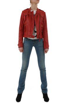 Geaca+piele+rosie+Biker Red Leather, Leather Jacket, Amelie, Biker, Fashion, Studded Leather Jacket, Moda, Leather Jackets, Fashion Styles