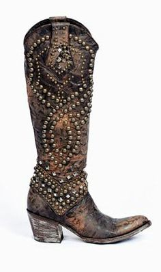 I'm finding a hidden love for cowboy boots right now! The Right Pair of Boots - Cowboys & Indians - January 2012 Cowgirl Style, Cowgirl Boots, Western Boots, Heeled Boots, Bootie Boots, Shoe Boots, Boot Scootin Boogie, Bota Country, Over Boots