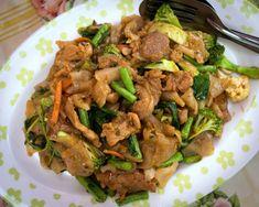Drunken Noodles (Pad Kee Mao Sen Yai)