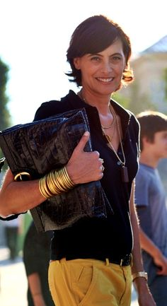 Ines de la Fressange love her style love her name! Style Désinvolte Chic, Mode Style, Style Icons, Style Me, Casual Chic, Style Casual, Classy Chic, Style Outfits, Mode Outfits