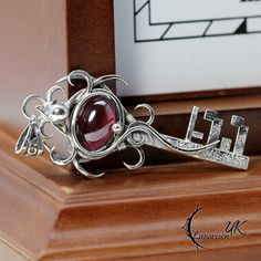 ISTNHTNERIA - Silver and Garnet by LUNARIEEN.deviantart.com on @DeviantArt