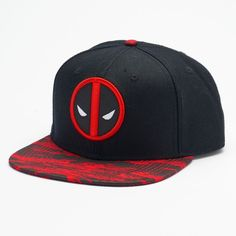 Men's Marvel Deadpool Camo Snapback Cap (62 BRL) ❤ liked on Polyvore featuring men's fashion, men's accessories, men's hats, black, mens caps, mens hats, mens snapbacks and mens snapback hats