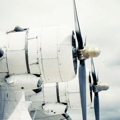 vintage travel, propeller planes
