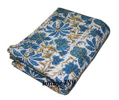 Vintage Kantha Quilt Reversible Throw Bedspread Home Bedding Block Print Blanket Kantha Quilt, Quilts, Kantha Stitch, Quilted Bedspreads, Brown Floral, Sofa Covers, Art Deco Fashion, Bed Spreads, Bag Making