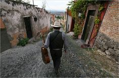 In San Miguel de Allende, Mexico, Worry That New Americans Strain ...