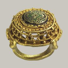 Ottonian Ring, Gold with cloisonné enamel, German, c. 10th - 11th century