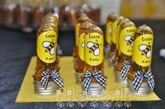 Tubetes Abelinha  :: flavoli.net - Papelaria Personalizada :: Contato: (21) 98-836-0113 vendas@flavoli.net