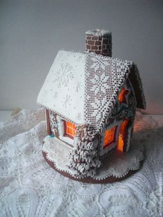 Gingerbread House With A Real Chimney ~ Cookie Connection: Easy Gingerbread House, Gingerbread Village, Gingerbread Decorations, Gingerbread Cookies, Noel Christmas, Christmas Goodies, Christmas Desserts, Christmas Treats, Christmas Baking