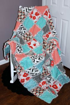 Check out this item in my Etsy shop https://www.etsy.com/listing/208417864/paradise-rag-quilt