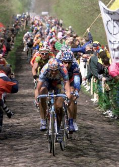 classic Paris - Roubaix - George Hincapie in second there!