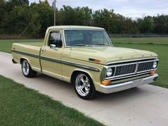 I appreciate this marvelous vintage ford truck Old Ford Trucks, Old Pickup Trucks, New Trucks, Cool Trucks, Camaro Iroc, Dropped Trucks, Big Girl Toys, Sport Truck, Classic Pickup Trucks