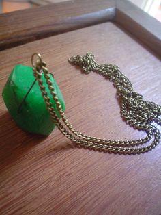 collar agatha verde