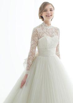 マリア・ラブレース(Maria Lovelace)  L'ATERIER MARIAGE(ラトリエマリアージュ)/MVD241×MVX10204 Weeding Dress, Dream Wedding Dresses, Designer Wedding Dresses, Bridal Outfits, Bridal Dresses, Dress Outfits, Mode Vintage, Dream Dress, Beautiful Dresses