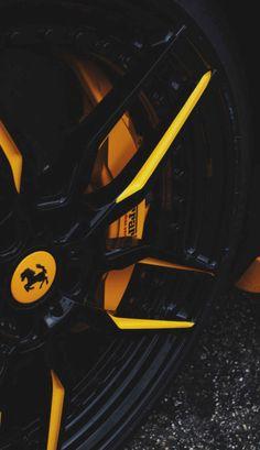 Black and yellow Ferrari wheels Lamborghini Cars, Ferrari Car, Ferrari Fxxk, Porsche, Audi, Maserati, Bugatti, Wallpaper Carros, Sports Car Wallpaper