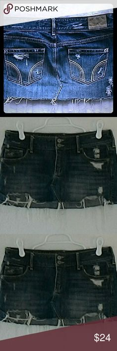 """NWOT Hollister Beach Booty Jean Skirt! Size 3. Hits at the hips at 30"""". Hip to hem is 10"""".  It's insanely cute! I never wore it on holiday .My idea was to wear it with my bikini to cover my butt. Hollister Skirts Mini"""