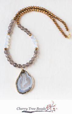 http://www.bestjewelry4you.com/product-category/bracelets/