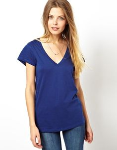 T-Shirt with V Neck
