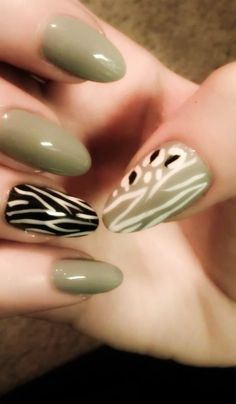 Black, grey and white nails
