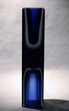 Severin Brørby for Hadeland Glassverk Glass Design, Lava Lamp, Norway, Folk Art, Scandinavian, Glass Art, Blues, Porcelain, Table Lamp