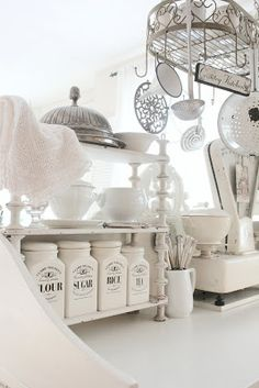 Vintage Kitchen Style {White and Shabby} #VintageStorehouseStyle