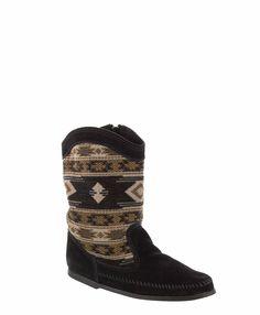 Minnetonka - Baja Boot. Fall must-have!