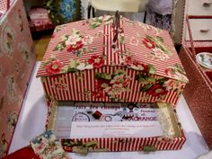 glovelier Cute Box, Sewing Box, Graphic 45, Covered Boxes, Gift Bags, Altered Art, Greeting Cards, Crafting, Gift Wrapping