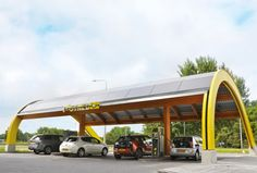 As electric car sales boom around the world, so too does the need for effective ways to keep their batteries charged and their tires rolling. In the Netherlands, a cool solar-powered option could be leading the way for EV charging networks in other countries. Fastned already has 51 attractive solar-powered EV charging stations and plans to expand its network to include 200 locations in the Netherlands alone.