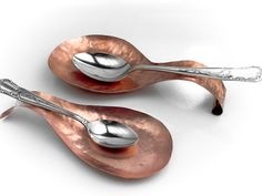 Hammered copper spoon rest. The perfect addition to any kitchen. These are designed to catch any drips or spills from spoons, ladles or other