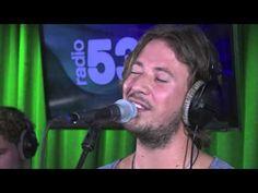 Van Huys Uit - Dit Moet Wel Liefde Zijn (cover Ed Sheeran - live @Radio538) - YouTube