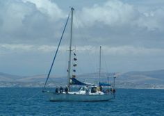 The Royal Cape Yacht Club sailed round Robben Island in a Mandela tribute. Nelson Mandela, Yacht Club, Sailing Ships, South Africa, Westerns, Cape, Boat, News, Gallery