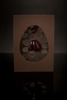 Rubén Álvarez Isomalt, Chocolate Art, Chocolate Cakes, Pastry Cake, Sugar Art, Dementia, Food Art, Pastries, Easter Eggs