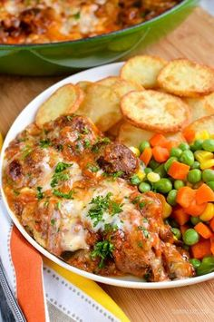 Slimming Eats Low Syn Moussaka Meatballs - gluten free, Slimming World and Weight Watchers friendly Slimming World Dinners, Slimming World Recipes Syn Free, Slimming Eats, Moussaka, Beef Recipes, Cooking Recipes, Savoury Recipes, Weekly Recipes, Meatball Recipes