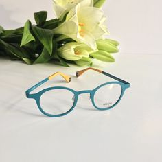 Buy eyeglasses or sunglasses online. For men, women and children. With or without prescription lenses. Sore Eyes, Optical Glasses, Womens Glasses, Sunglasses Online, Prescription Lenses, Specs, Eyeglasses, Eyewear, Cute Outfits