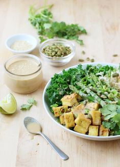 Green Buddha Bowls with Tahini Miso Dressing (Food Nouveau - Delicious Discoveries, Abroad and at Home) Fruit Recipes, Veggie Recipes, Real Food Recipes, Vegetarian Recipes, Healthy Recipes, Delicious Recipes, Easy Recipes, Tempeh, Kimchi