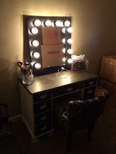 She said First I setup my makeup station - THEN I'll unpack. Thank to another client sending us a picture of her makeup station- Here's the classic matte back Vanity Mirror in a really nice setup. Hollywood Vanity Mirror, Led Dimmer, Custom Vanity, Makeup Mirror With Lights, Creative Home, Light Up, Really Cool Stuff, Im Not Perfect, Bedrooms