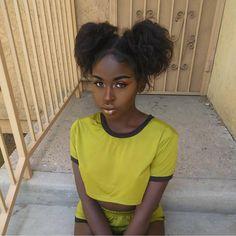 """523 Likes, 3 Comments - #melanin (@melaninbeautys) on Instagram: """"@melas.goddess ✨"""""""