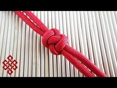 Welcome to The Weavers of Eternity official paracord tutorial channel! Here you'll find paracord tutorials, videos, tips, tricks, and lessons on everything r. Paracord Bracelet Designs, Paracord Projects, Paracord Bracelets, Rope Knots, Macrame Knots, Lanyard Knot, Celtic Heart Knot, Paracord Braids, Diamond Knot