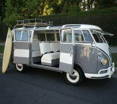 Vw Camper Bus, Vw Caravan, Campers, Camper Life, Diy Camper, Volkswagen Transporter, Bus Volkswagen, Volkswagen Bus Interior, Volkswagen Beetles