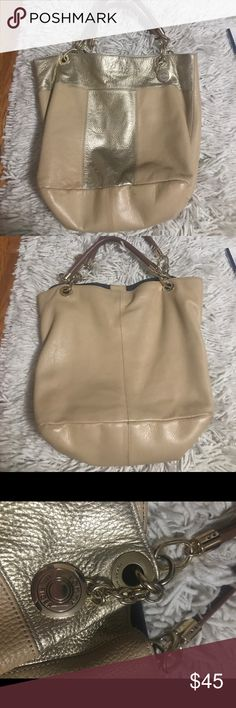 Tommy Hilfiger purse Very good used condition! The inside is spotless I only ever carried my work files in this bag! Very small fade at the bottom corner but not noticeable at all! Tommy Hilfiger Bags