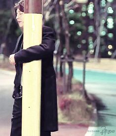 When goblin drunk Kim Go Eun, Kim Jin, Beautiful Gif, Gorgeous Men, Goong Yoo, Goblin Gong Yoo, Yoo Gong, Hot Korean Guys, Drama Memes