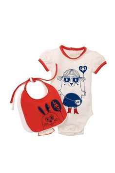 just browsing marc jacobs baby stuff i'll never buy. the usual.